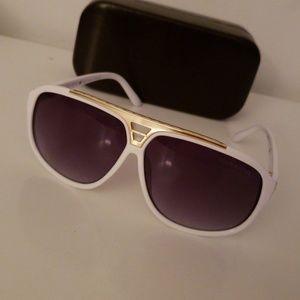 Authentic sunglasses Louis Vuitton